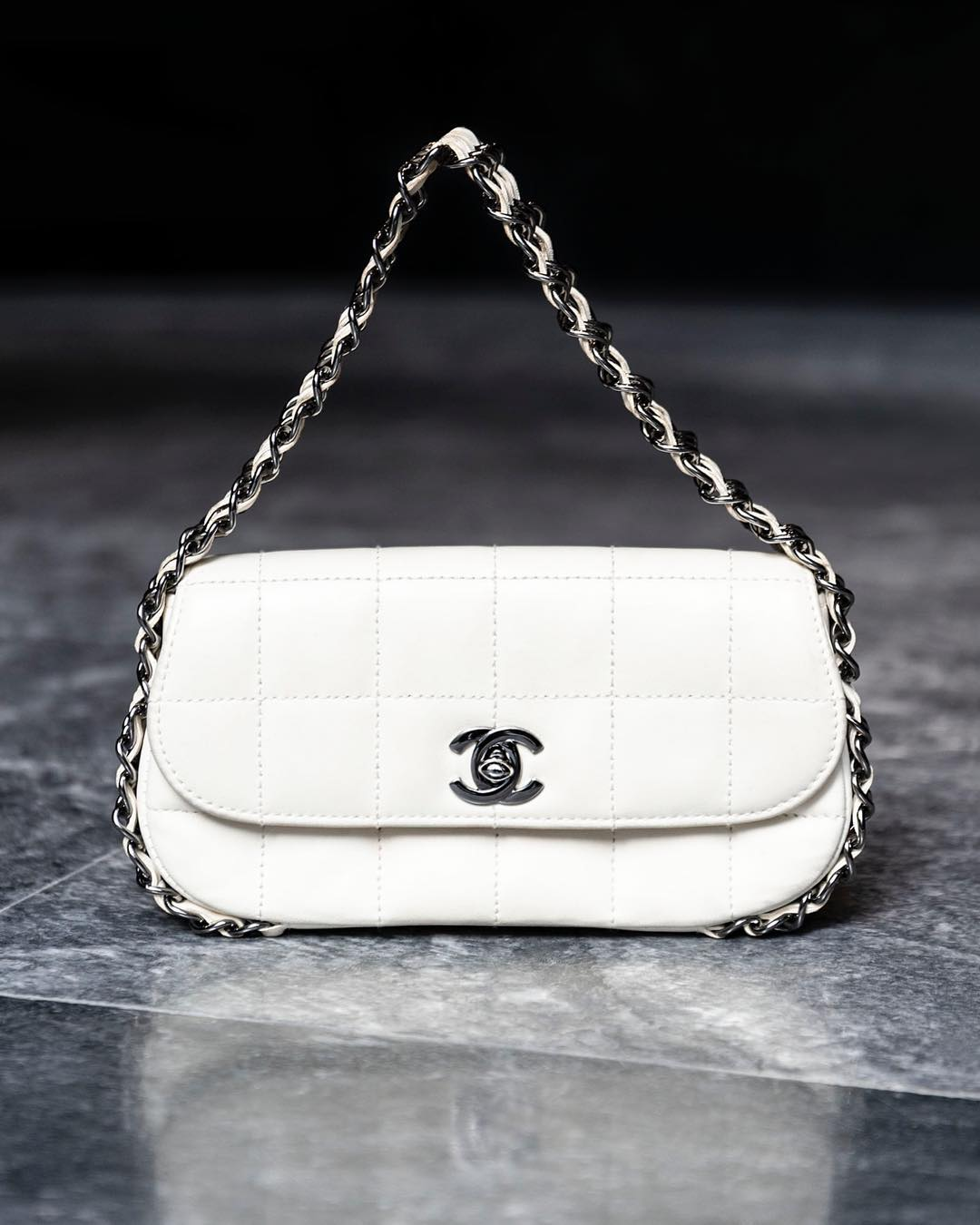 87211a23ed41cf ... Collection / Chanel Mini White Clutch.  creaidgreece_4_2_2019_17_51_23_763
